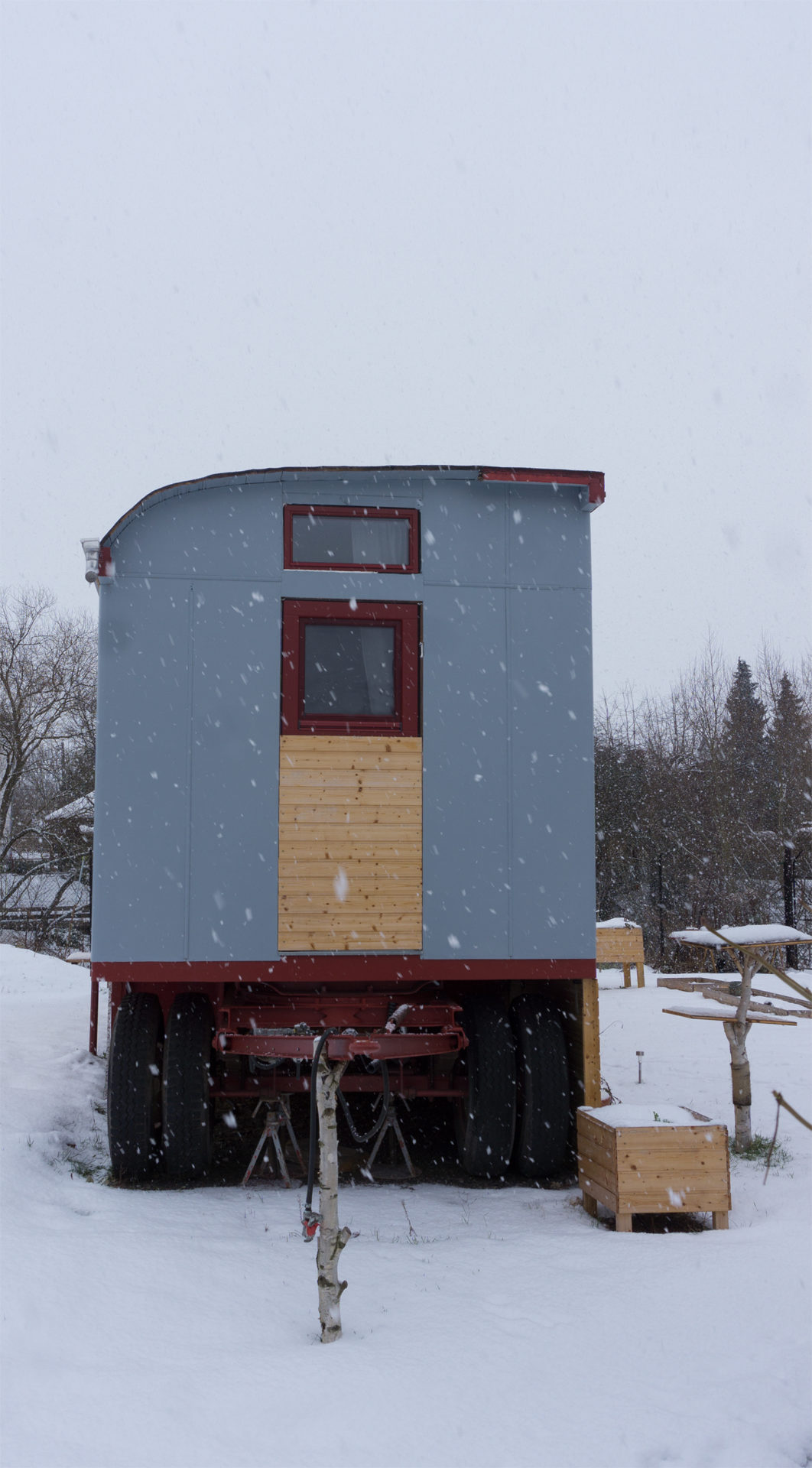 Tiny House im Winter