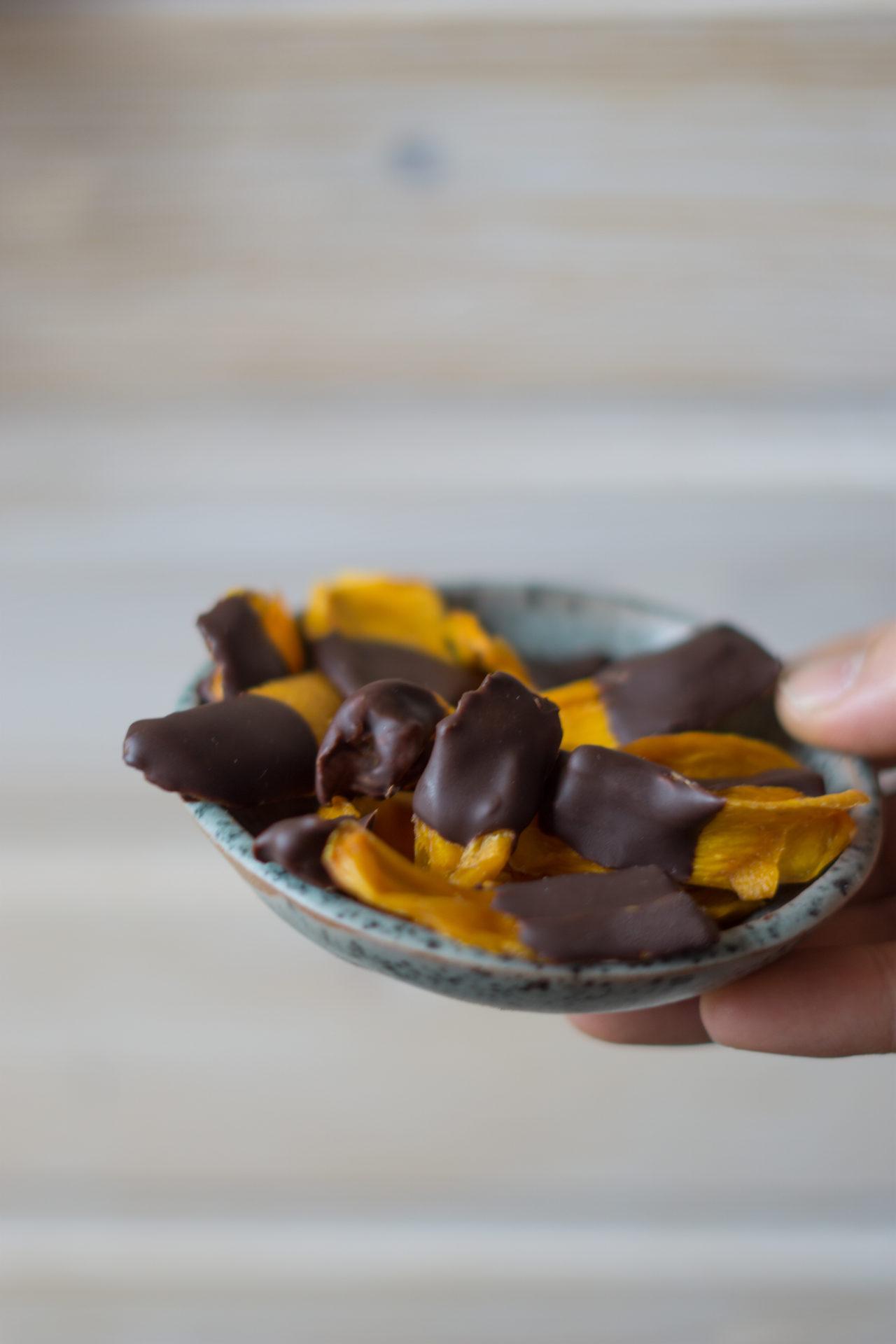 Mangos mit Schokolade